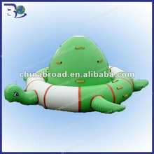 2012 exciting inflatable water product for amusement park