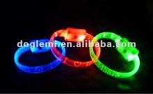 2012 hot sale safety LED blinkling cat collar