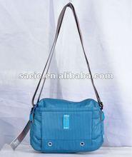 2012 Fashion nylon lady messenger bag