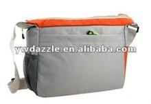 2012 fashion cheap college student messenger bag