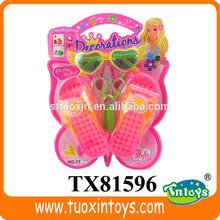 De salto de longitud de juguete, Zapatos de muñeca de plástico