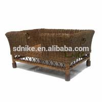 2014 hot sale latest design high quality waterproof garden rattan cheap dog sun bed
