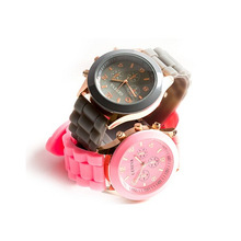 Any Pms Color With Customize Logo Geneva Waterproof Watch
