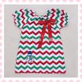 ropa de bebé de china de color rojo verde blanco de chevron texaco de algodón vestido de campesino para niños pequeños