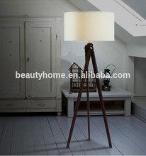 Large adjustable tripod wooden floor lamp black Hight
