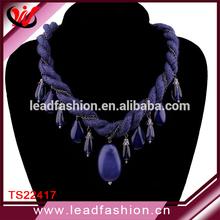 fabbrica diretta catena fatta a mano nappa ordito ritorto perline stringa collana di lana per maglieria