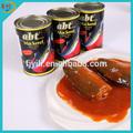 สุขภาพอาหารปลาทูกระป๋องในซอสมะเขือเทศ
