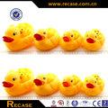 nuevos productos 2014 baño de bebé juguetes de goma de vinilo patos