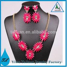 Women Fashion Accessories 2014 Delicate Acrylic Gemstone Necklace