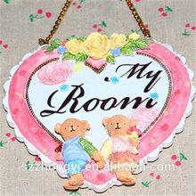 2014 new products on market resin hanging teddy bear wedding door gift