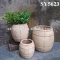 vasos de cimento para decoração de jardim de madeira