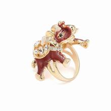 Fashion exotic gold elephant ring