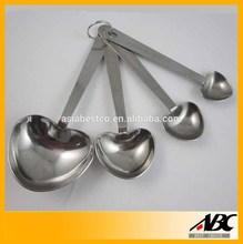 Fashional Design 4pcs Heart Shaped Measuring Spoon