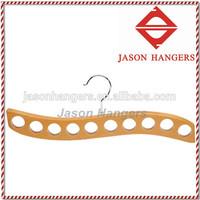 TFS005 Hanger for scarve