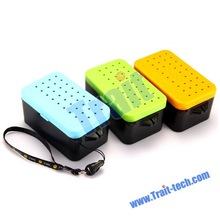 Portable Plastic Multi Holes Fishing Live Baits Lure Box Worms Storage Fish Tackle Case