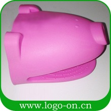 Cute pig silicone oven mitt
