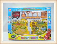 Tappeto puzzle di puzzle, trenino elettrico set, puzzle di plastica treno pista giocattoli