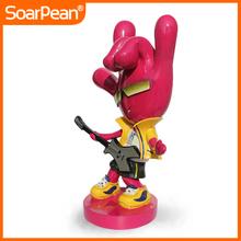 2014 hotsale finger statue rock man