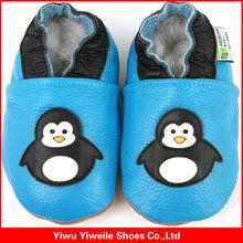 china 2014 large market glass stone shoes ornament