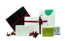 Perfect quality birthday gift paper bag / cosmetic papr box
