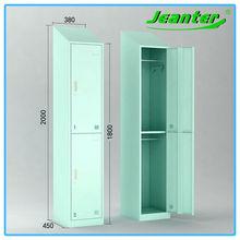 BV&ISO Certificate Green Color Knock Down Sloping Top Gym Locker Shelves