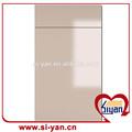 haute brillance vinyle envelopper les portes des armoires de cuisine