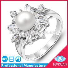 Beautiful design zircon 3 carat diamond solitaire ring