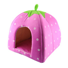 2015 New Arrival Foldable Strawberry Shape Sponge Cut Dog Cat pet Tent Bed