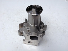 D4BB(25100-42501) Water Pump fit for Hyundai Forklift Parts Cover