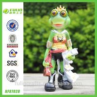 Resin Cartoon Frog Queen Figurine