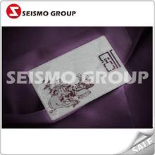 Z fina metal cartão de visita / crachá de metal com um buraco oco da flor do metal cartão de visita