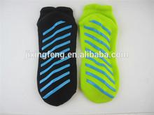 fashionable comfortable anti slip cotton yoga socks