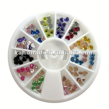 Yiwu suppliers to provide all kinds nail art,cosmetics favorable prices magnetic nail starter
