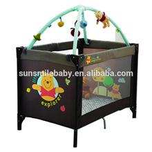 La nueva moda de gran parque infantil para bebés para el bebé cuna australia estándar, De aluminio de cuna de viaje ultraligera con juguetes