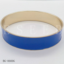 Drip iron bracelet