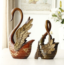 Wedding Garden Swan Resin Decor