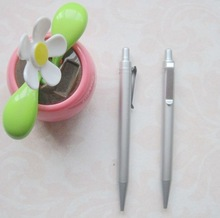 China Promotional Unique Design Plastic Silver Ball Pen