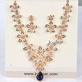 Joyería de la aleación de chapado en oro rosa de la flor en flor hueca collar y aretes NK036
