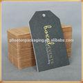 fondo gris colgar etiquetas para ropa de impresión cmyk y lámina de oro de etiquetas logotipo de espesor de la tarjeta de papel swing etiquetas