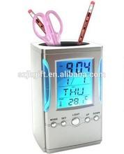 hot sale color change flash light digital clock with pen holder