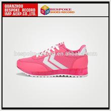2014 nuevo estilo de las mujeres los zapatos del deporte de fujian en verano de malla ligera zapatos para correr
