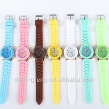 2012 Fashion geneva silicone watch for sports