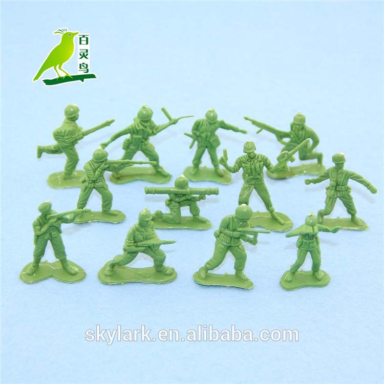 Plastik oyuncak ordu asker