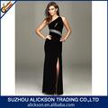 2014 clássico de um ombro frisada cetim elástico lateral dividida melhor vestido preto longo