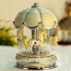 Polyesin Carousel Music Box gifts