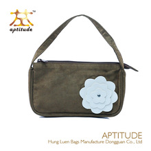 New Trend Topshop Popular High Quality White PU Leather Flower Faux Suede Fashion Lady Handbag