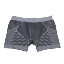 Factory Provide New Style Breathable and Light Seamless Man Underwear