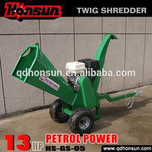 High quality garden shredder Honda motor CE approved Kohler gas engine trailer hydraulic gasoline log chipping machine