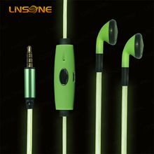 2014 new design Silicone earphone rubber cover, light earphones wholesales