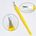 عالية الجودة أداة تنظيف الأظافر انتهازي إهاب سكين